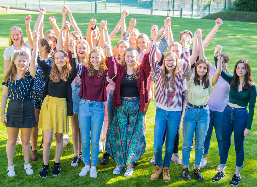 Burgess.Hill.Girls.2019.GCSE.Results (1)