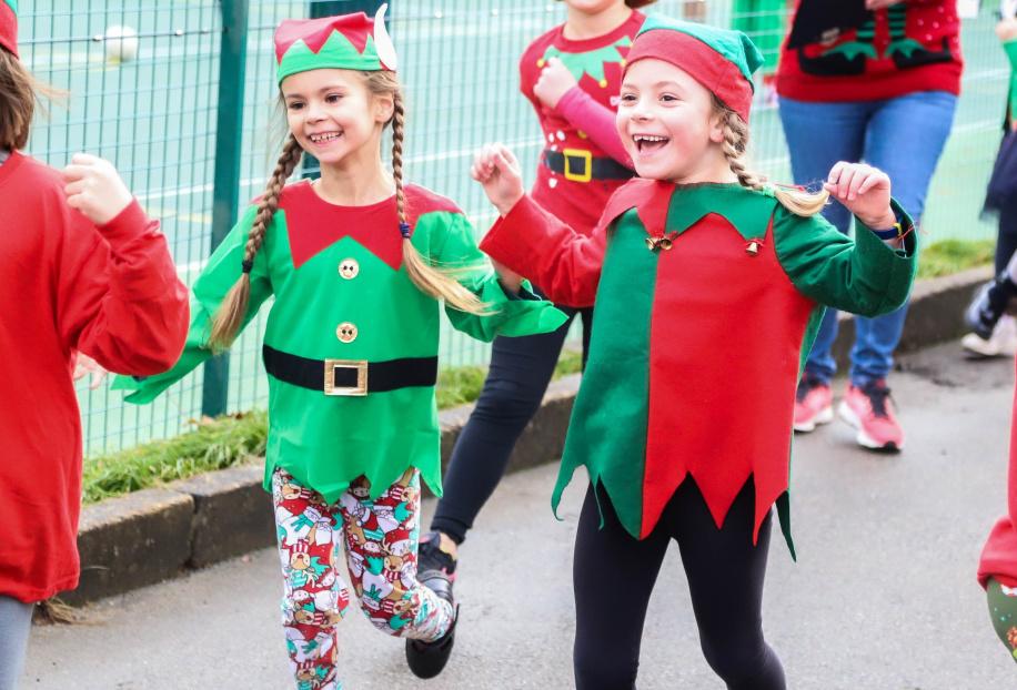Elf Run Burgess Hill Girls